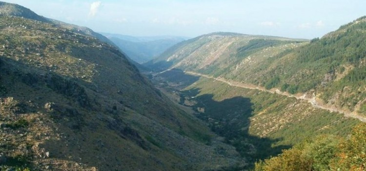 Glacier Valleys, Five Routes in Serra da Estrela